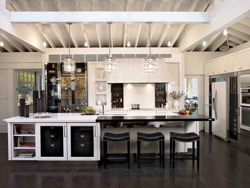 Don T Give Up On Your Kitchen Design Dreams Just Yet There Are Several Ways To Bring A High End Look Home Without The Price